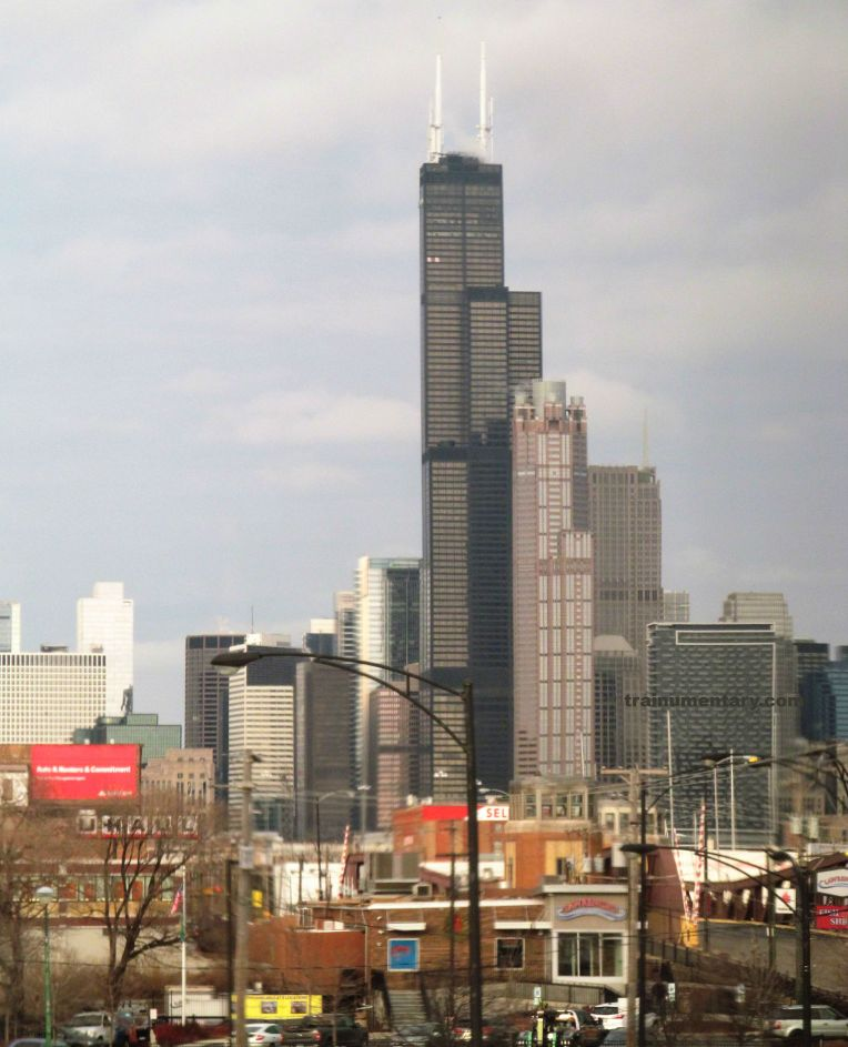 IMG_8430 chicago willis tower from train window 122017 trainumentary